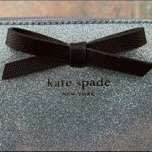 kate spade Bags - NWT Kate Spade tote